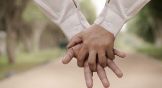 Notarías registraron más matrimonios entre hombres que entre mujeres durante primer semestre de 2017.