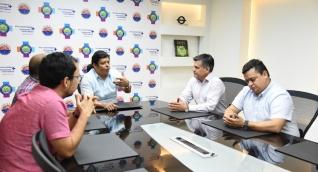 El rector de Unimagdalena, Pablo Vera, se reunió con las directivas del Hotel Marriott.