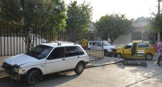 Aparatoso accidente dejó tres heridos.
