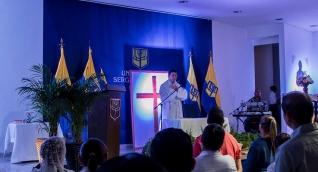 La misa fue liderada por el sacerdote Jesús Orozco en el Auditorio 'Rodrigo Noguera Laborde' de la sede centro de la Universidad Sergio Arboleda.