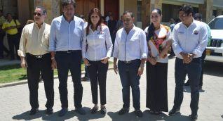 Los congresistas del Magdalena y el rector de la Universidad del Magdalena, Pablo Vera.
