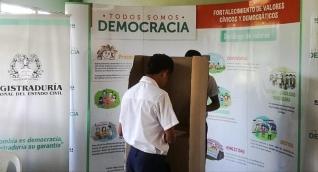 De los más de 21 mil extranjeros que podrían haber participado de esta jornada electoral solo 1.678 cumplían con los requisitos.