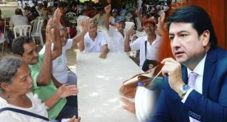 Fabián Castillo es el senador que está detrás de la Ley para beneficiar a los ancianos.