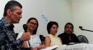 Poetas en el encuentro de Santa Marta.
