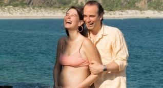 La exreina universal y actriz samaria Taliana Vargas junto a su esposo Alejandro Eder (nació su hija).