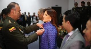Gobernadora del Magdalena recibe Medalla Antisecuestro y Antiextorsión