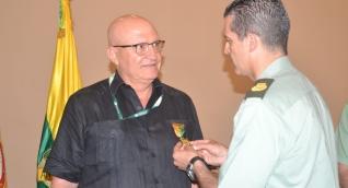 La Policía Nacional, Policía de Santa Marta y Dirección de Antinarcóticos condecoraron a Presidente del Puerto