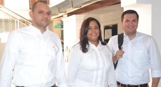 Los ternados de Fuerza Ciudadana después de realizar las entrevistas.