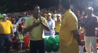 El candidato Roberto Pérez Varela con el polémico excongresista Roberto Herrera.