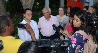 Carlos Caicedo y el expresidente Ernesto Samper, durante la rueda de prensa por encuentro del Grupo de Puebla.