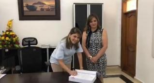 Virna Johnson, alcaldesa de Santa Marta, posesionó a Sandra Vallejos como secretaria de Seguridad.