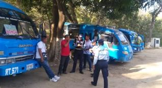 Los operativos se realizaron en el despacho de los buses.