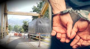 El policía activo fue capturado esta semana.