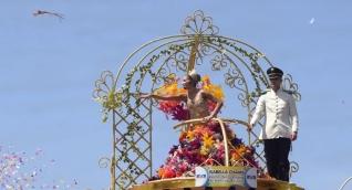 Isabella portaba su vestido 'Romance de Barranquilla, en honor a los poema de Meira del Mar, su tía-abuela.