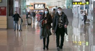 Los aeropuertos mantienen medidas de control debido al alto tráfico de personas.