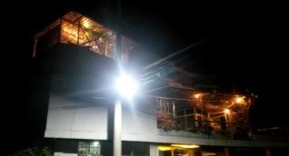 La casa al parecer estaría funcionando como discoteca los fines de semana por las noches.