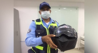 Casco certificado.