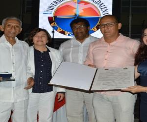 Esta exaltación se hizo en el marco del Encuentro de Graduados de la Facultad de Ciencias de la Educación de la Universidad del Magdalena.