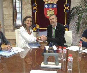 El convenio se firmó con la presencia de la Directora del Programa de Psicología de la Universidad Sergio Arboleda, el Rector Magnífico de la Universidad de Burgos, y la orientación de la docente esa misma institución, doctora Camino Escolar.