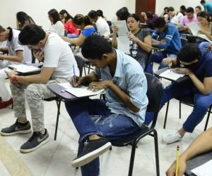 Más de 300 estudiantes se verán beneficiados con cupo privilegiado y becas del 90%.