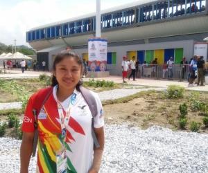 Caroline Campero, jugadora de softbol de Bolivia