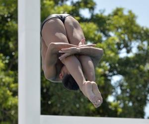 El oro varonil se lo colgó Sebastián Morales, quien en sus seis inmersiones logró un total de 412.15 unidades y 18 puntos.