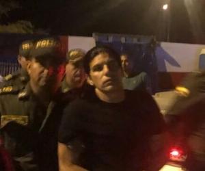 Assi Mosh, durante el procedimiento de expulsión adelantado por la Policía y Migración Colombia.