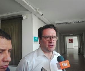 Iván Cancino, uno de los defensores de Carlos Caicedo y Rafael Martínez.