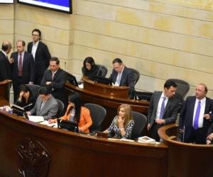a creación de las 16 circunscripciones quedó en veremos luego de que se presentara una polémica jurídica entre el Senado y el Gobierno.