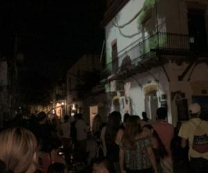 Las proyecciones son totalmente abiertas para cualquier público que sea transeúnte en las calles del Centro Histórico samario.