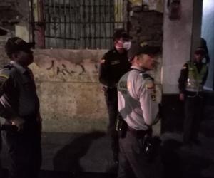 Imágenes del operativo de la Policía de Santa Marta en el Centro Histórico.