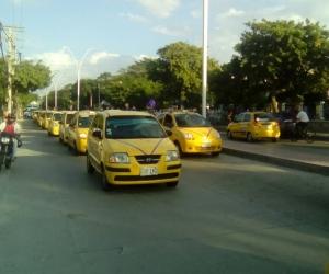 más 1500 taxis se tomaron las calles de Santa Marta.