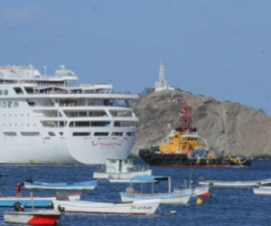 A bordo 1.506 y 630 tripulantes, originarios de Reino Unido y Canadá.