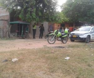 La Policía acordonó el sitio donde se quitó la vida el hombre de 53 años.