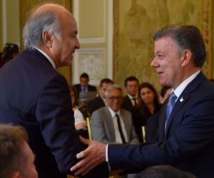 Presidente de Colombia, Juan Manuel Santos y El Ministros de Justicia, Enrique Gil Botero.
