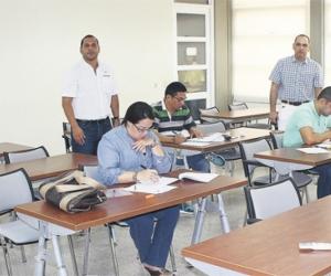 En las instalaciones de la Universidad del Magdalena se realizó el examen de conocimientos para aspirantes a Contralor.