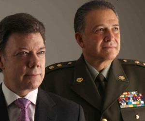 Juan Manuel Santos, presidente, y Óscar Naranjo, el nuevo vicepresidente.