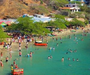'Los Cangrejos' operan en diferentes sectores turísticos de la ciudad, entre ellos Taganga.