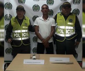 El presunto ladrón portaba consigo una granada de fragmentación.