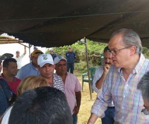El procurador Fernando Carrillo, durante su visita a la vía de la Prosperidad.