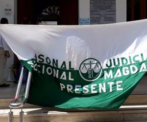 Desde la mañana de este martes los trabajadores de la Rama Judicial exigen el pago de su mesada.