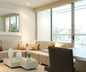 Diseño de la sala-comedor de los apartamentos de Palo Alto Club House.