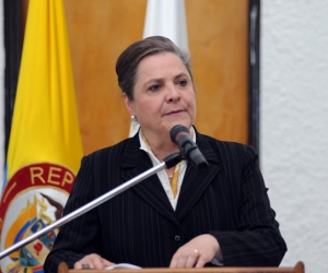 Clara López Obregón, ministra de Trabajo.