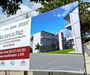 Valla informativa de la nueva sede del colegio Industrial en el sector de El Cundí.