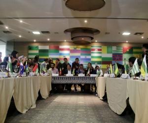 Los gobernadores de Colombia reunidos de forma extraordinaria en Bogotá.