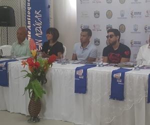 Organizadores y reyes del Festival Vallenato Indio Tayrona, durante rueda de prensa en Antares.