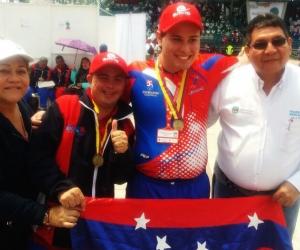 Deportistas del departamento participando en Olimpiadas Fides.