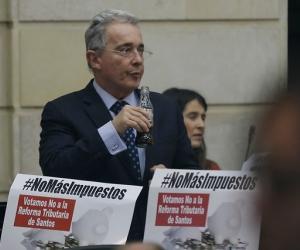 Álvaro Uribe Vélez, expresidente y senador del Centro Democrático.