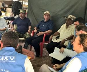 Miembros de FARC y ONU en Fonseca.