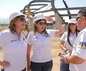 Clara Luz Roldán durante una de sus visitas a los escenarios de los Juegos Bolivarianos.